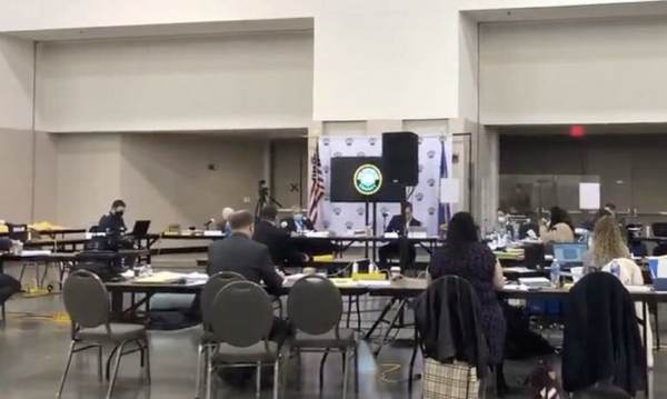 Milwaukee Mysteriously Finds Another 386 Unopened Ballots During Recount, Three Weeks After the Election (VIDEO) 1
