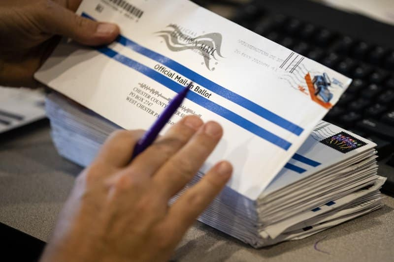Green card holder in Nev. received mail-in ballot 1