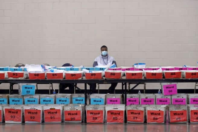 Wis. officials find 386 uncounted ballots during recount 1
