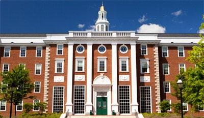 A total of 4 Harvard students donated to Trump's re-election campaign 1