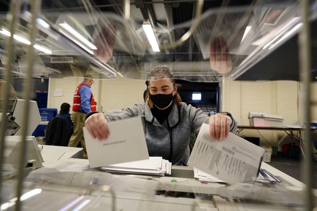 GOP Challenges Absentee Ballot Procedures in Advance of Georgia Runoff 1