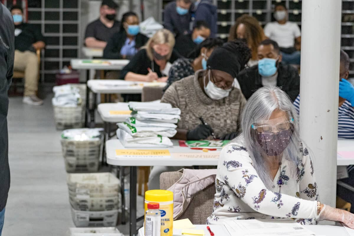 Signature Matching in Georgia Recount Can't Be Done, Says Secretary of State 1