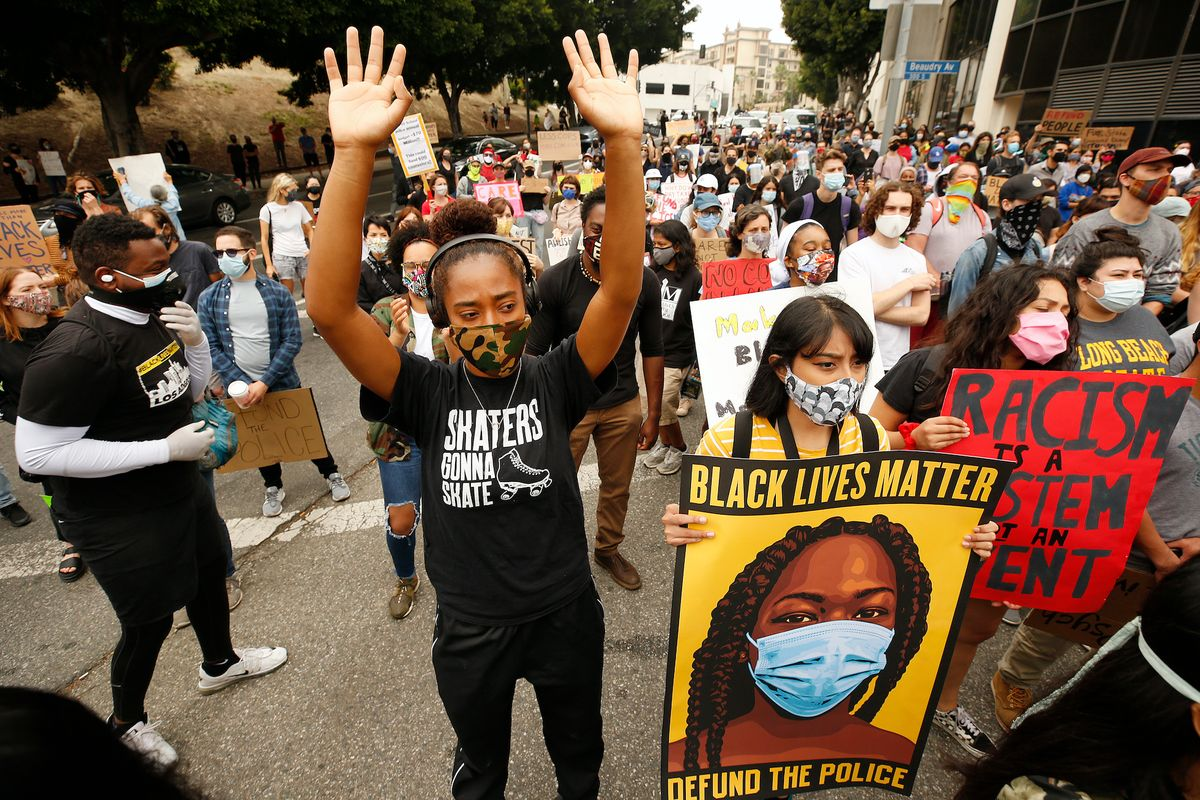 California woman contracted coronavirus after attending Black Lives Matter protest and suffered long-term symptoms 1