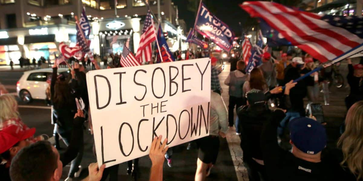 VIDEO: Protesters in Huntington Beach fight back against Newsom's curfew and California lockdowns 1