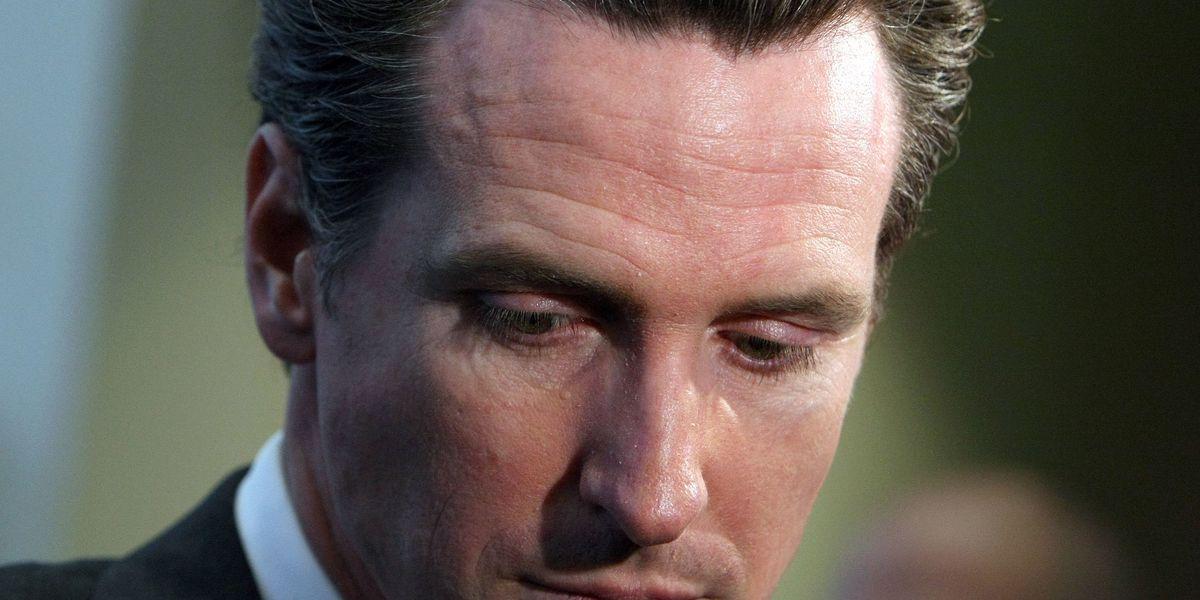 California Gov. Gavin Newsom goes into isolation with entire family following COVID-19 exposure 1