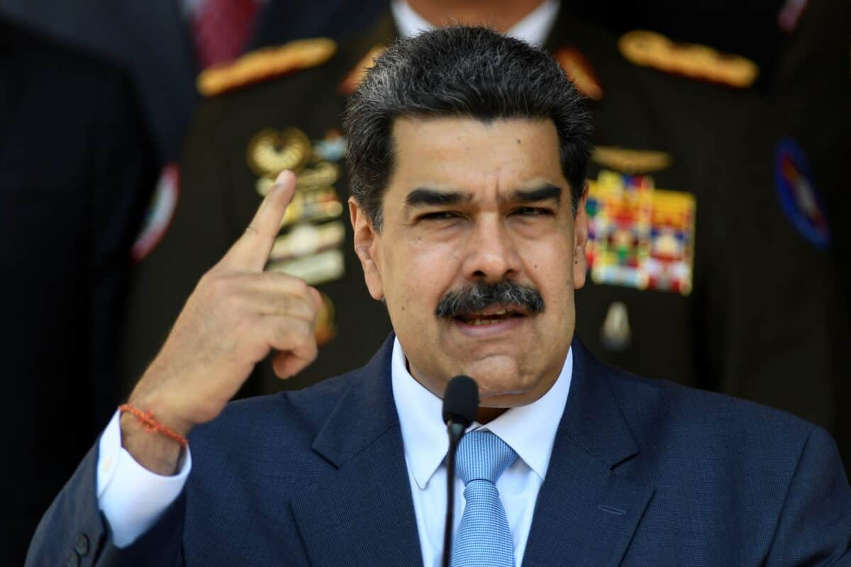 US Sanctions Electoral Hardware Company Over Role in 'Fraudulent' Venezuelan Elections 1