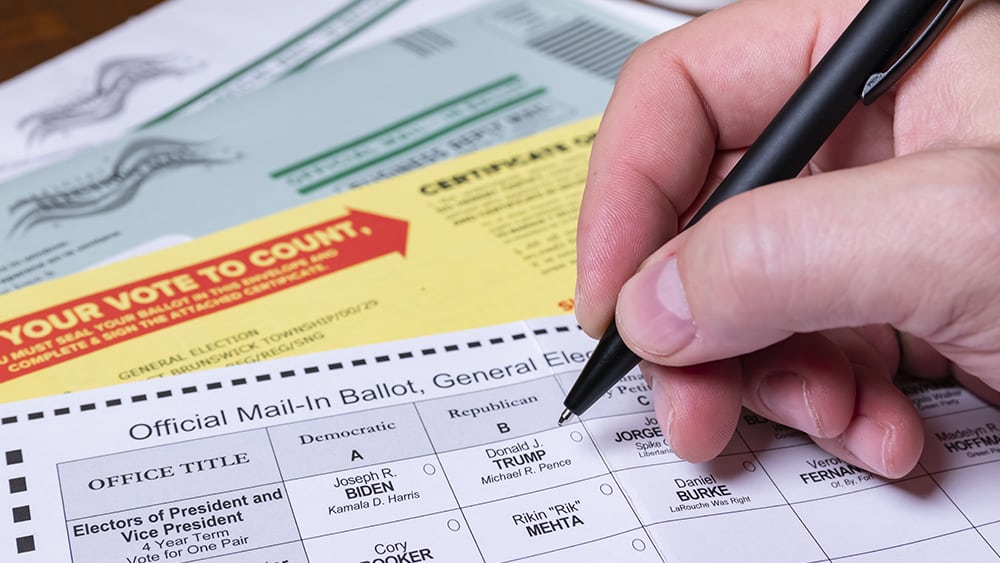 Arizona Senate attempts to seize all Maricopa County voting machines for full forensic audit 1