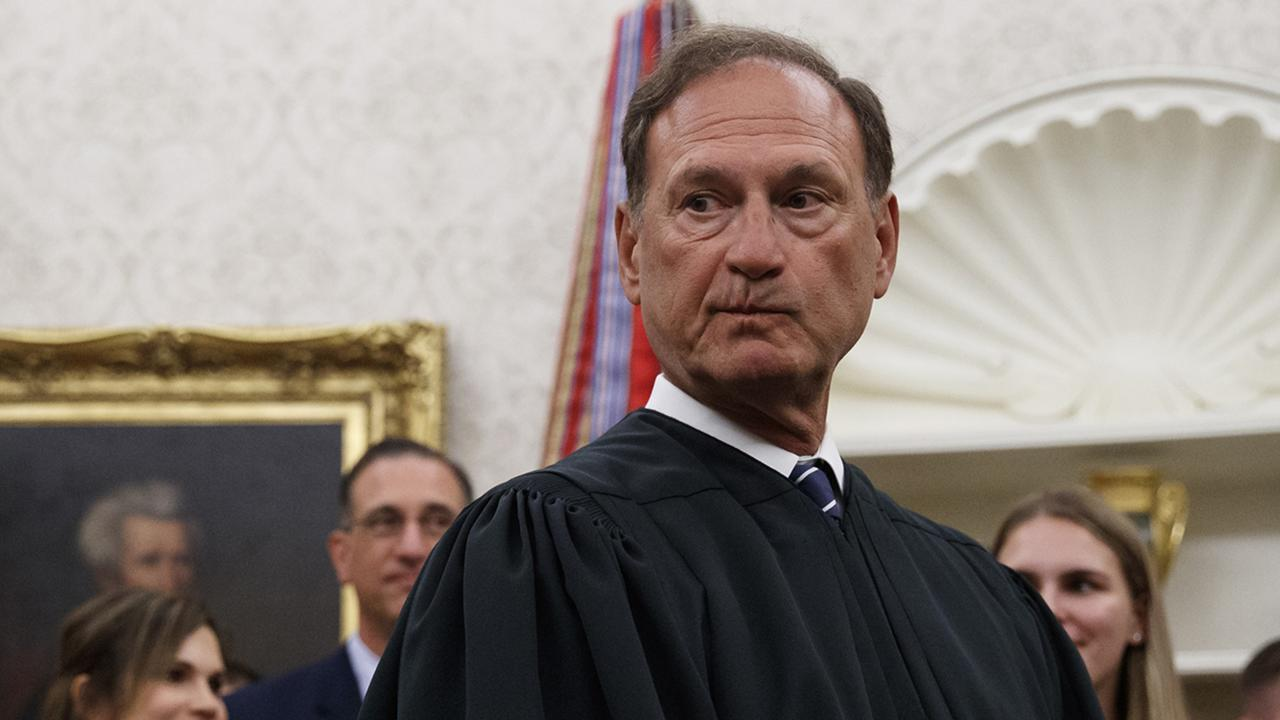 Alito Moves Up Deadline For Supreme Court Briefing In Pennsylvania Case, Bringing Within 'Safe Harbor' Window To Intervene 1