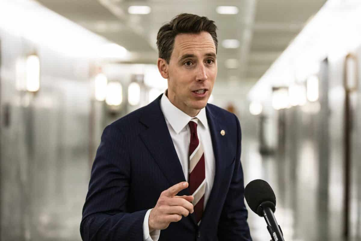 Trump: America 'Proud' of Hawley, Others Who Plan to Object to Electoral Votes 1