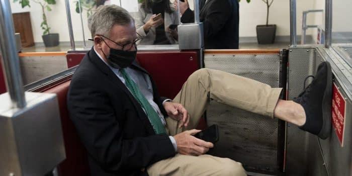 NC GOP Censures Sen. Richard Burr After Impeachment Vote 1