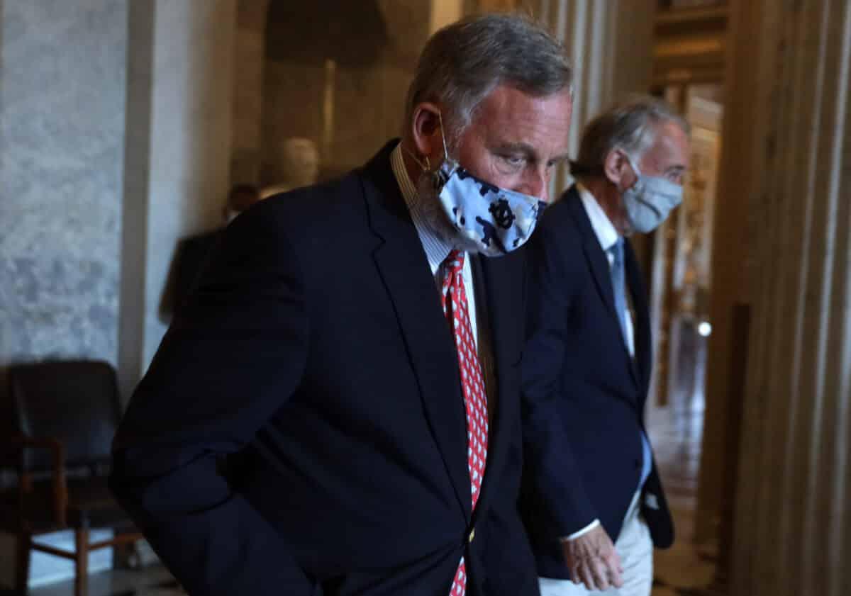North Carolina GOP Party Votes to Censure Sen. Burr Over Impeachment Vote 1