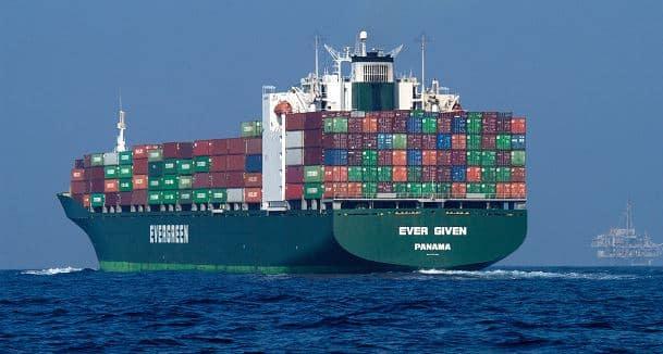 New video shows massive scope of California box-ship traffic jam 1