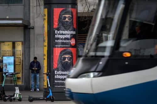 Swiss Voters Approve 'Burqa Ban' 1