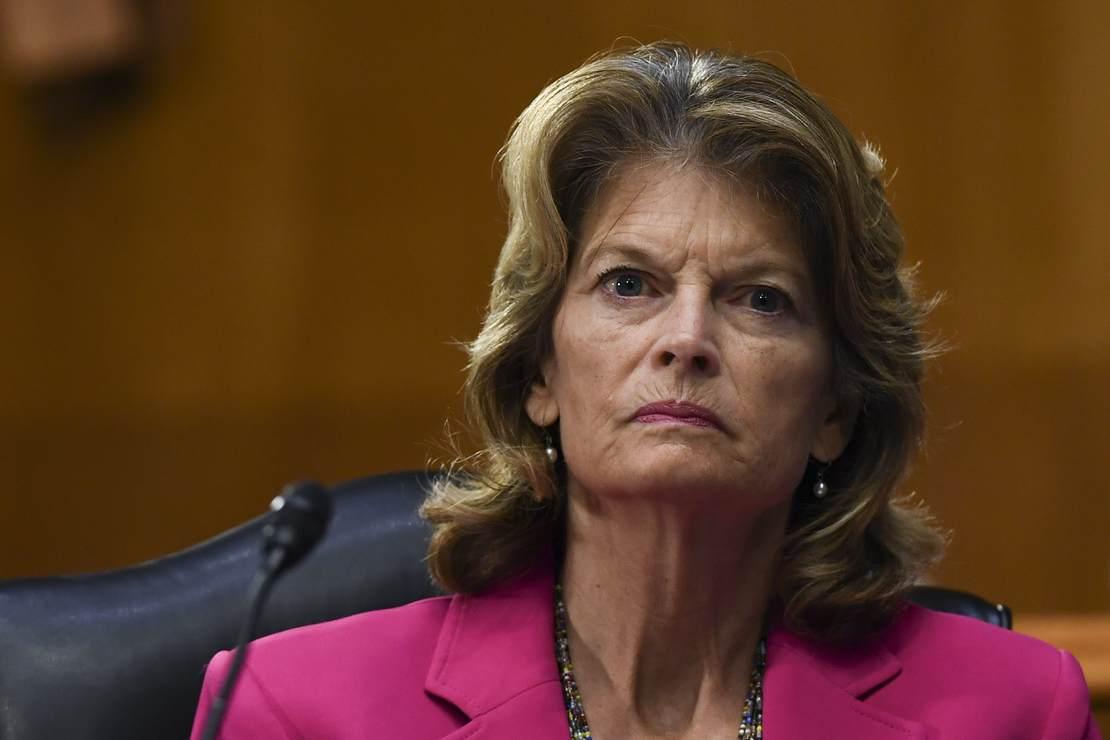 Trump Will Exact His Revenge On Murkowski for Her Impeachment Vote 1