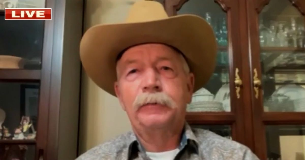 Arizona Rancher Issues Major Warning About Situation at Southern Border 1