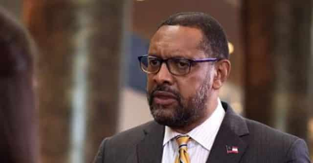 Vernon Jones 'Looking Closely' at Run for Georgia Governor 1