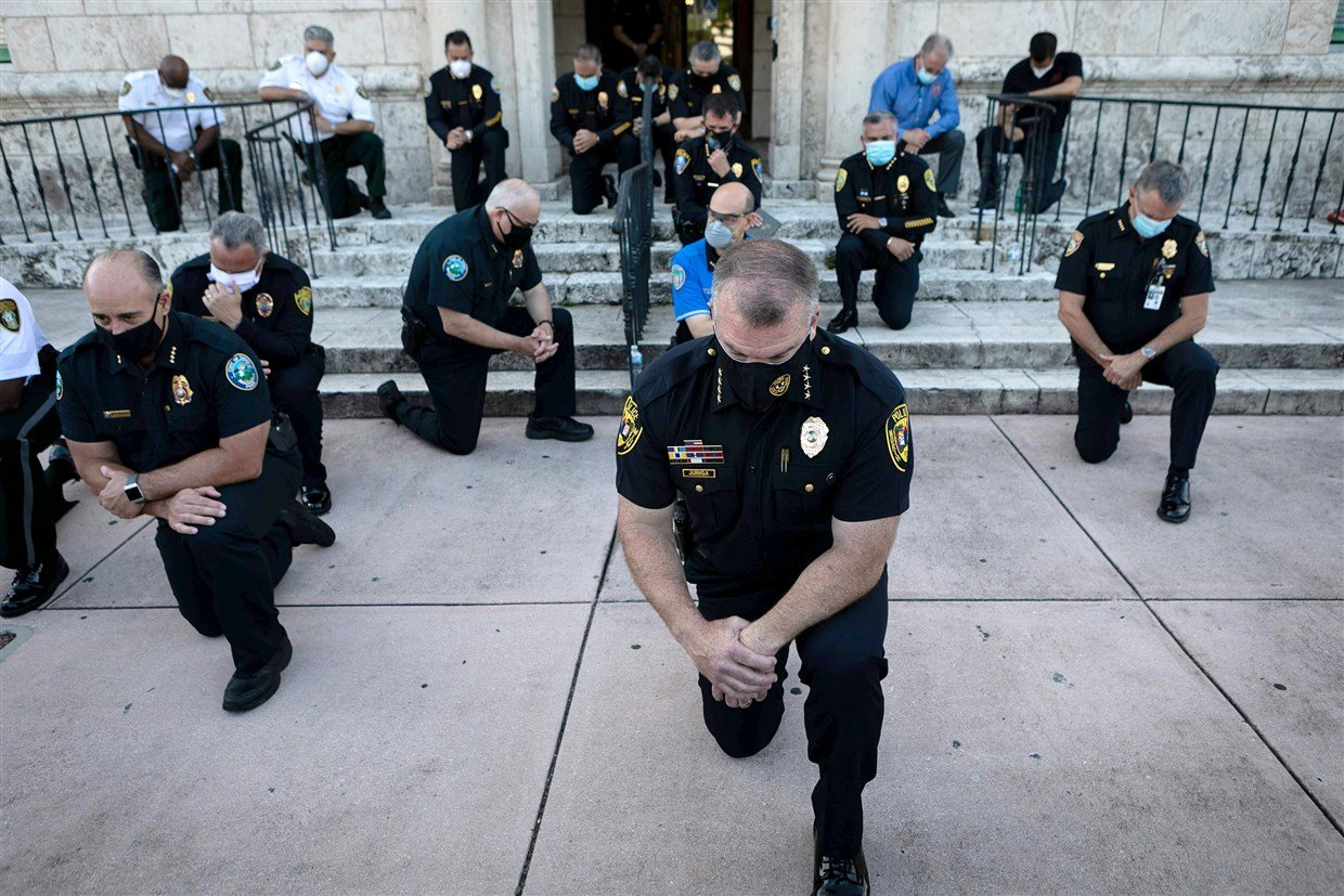 California Bill Proposes Removing Cops Who Express Religious Or Conservative Beliefs 1
