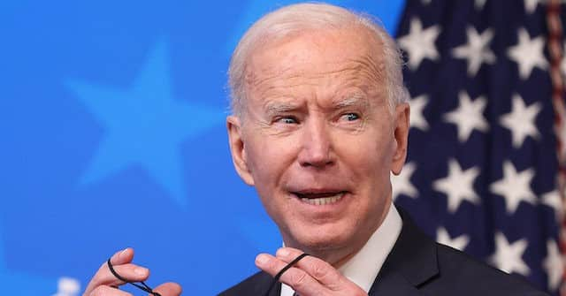 'SNL' Roasts Joe Biden on Running for Reelection: 'A Nice Way to Ask if He Plans to Be Alive in Three Years' 1