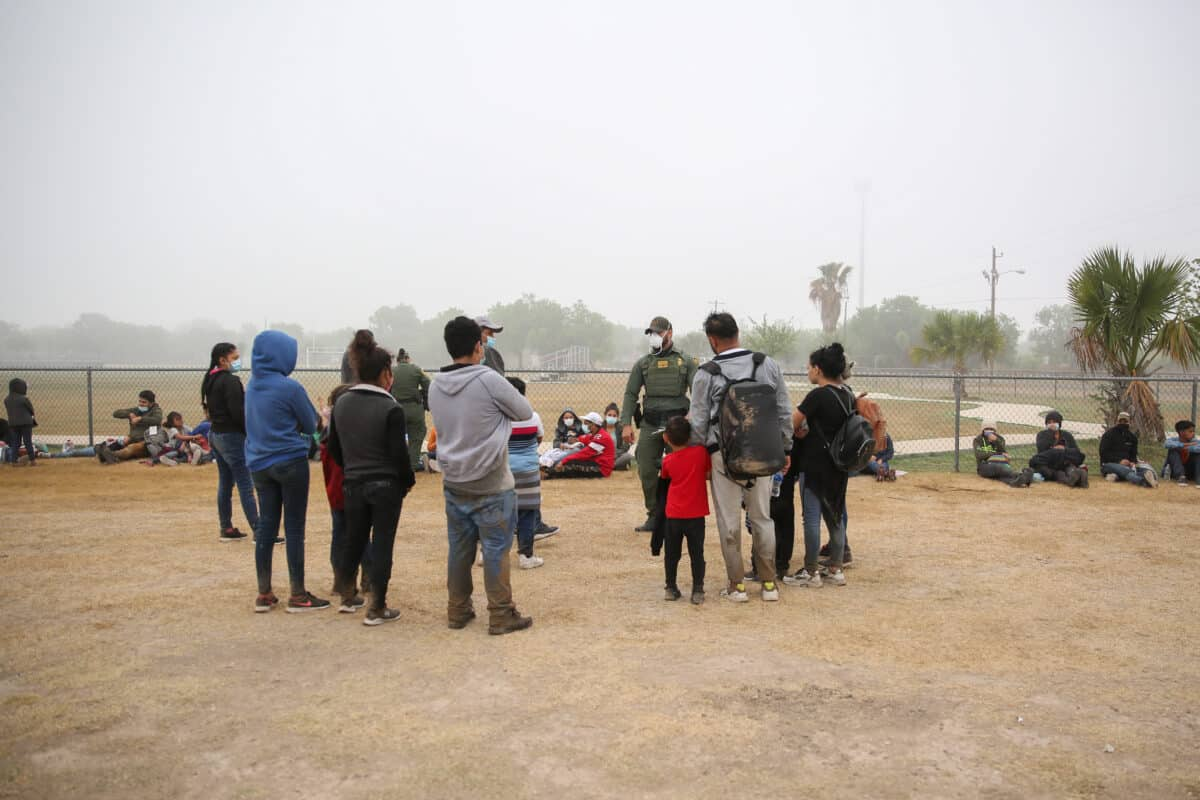 Arizona AG Urges Governor to Declare a State of Emergency Over Border Crisis 1