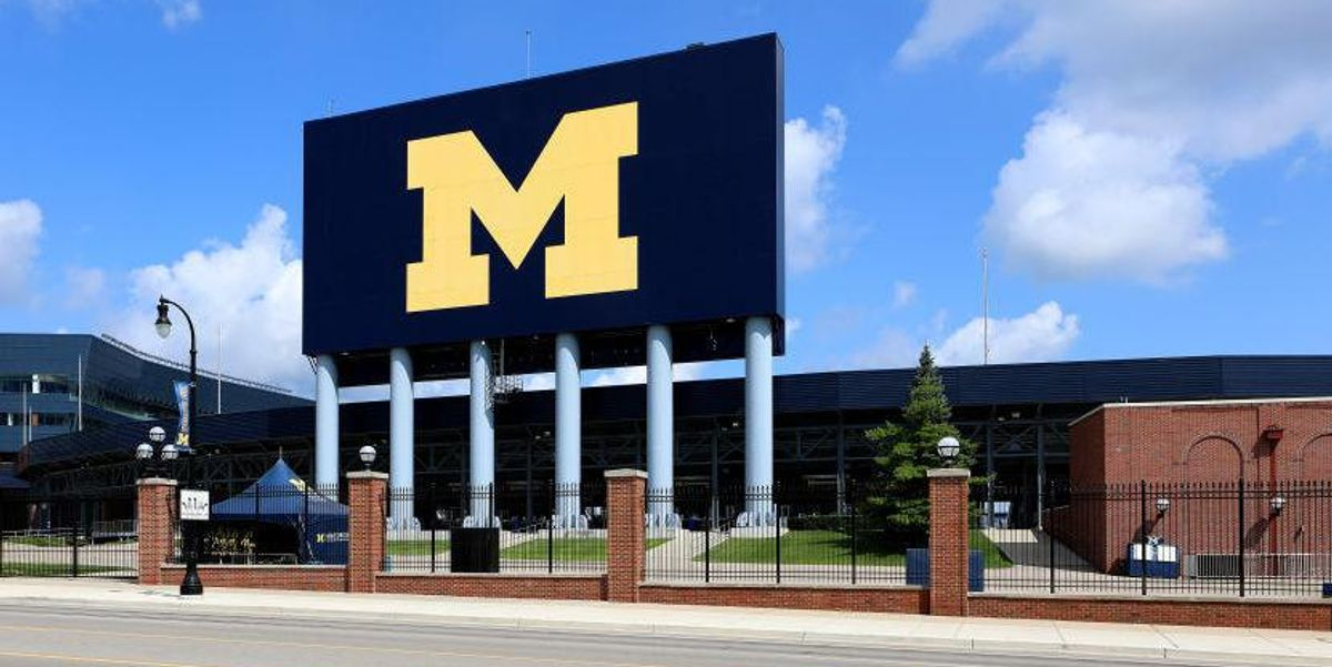 University of Michigan locks out more than 700 students for not taking required weekly COVID-19 tests 1