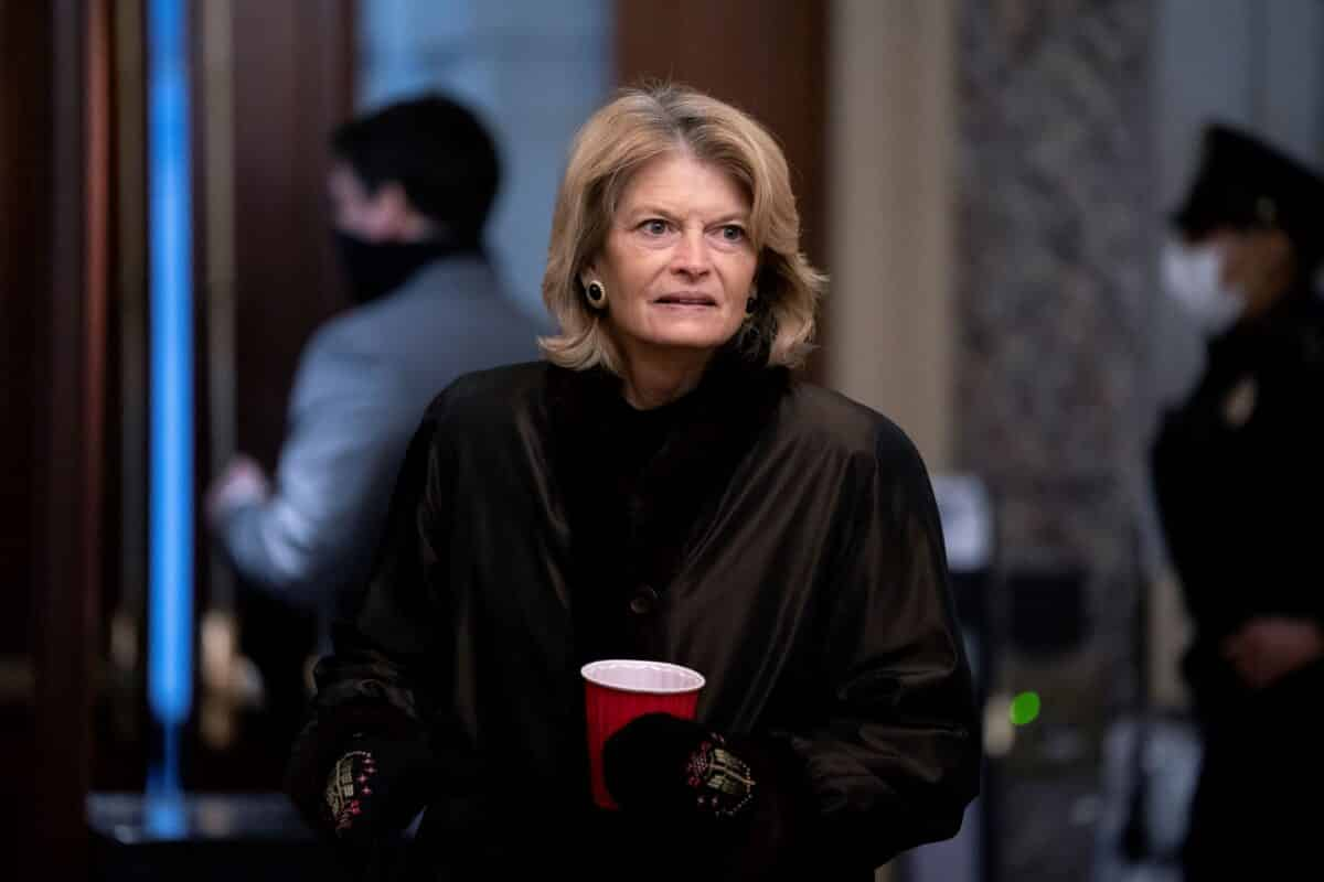 Trump Celebrates Prospect That Murkowski Might Not Run for Re-Election 1
