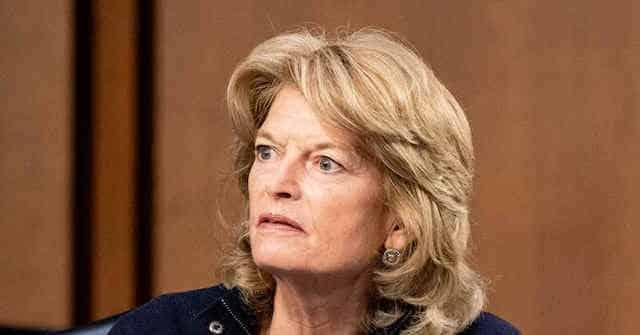 Donald Trump Celebrates 'a Chance' Sen. Lisa Murkowski Will Not Run for Reelection 1
