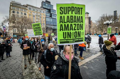 Union Accuses Amazon Of Illegally Sabotaging Alabama Vote 1