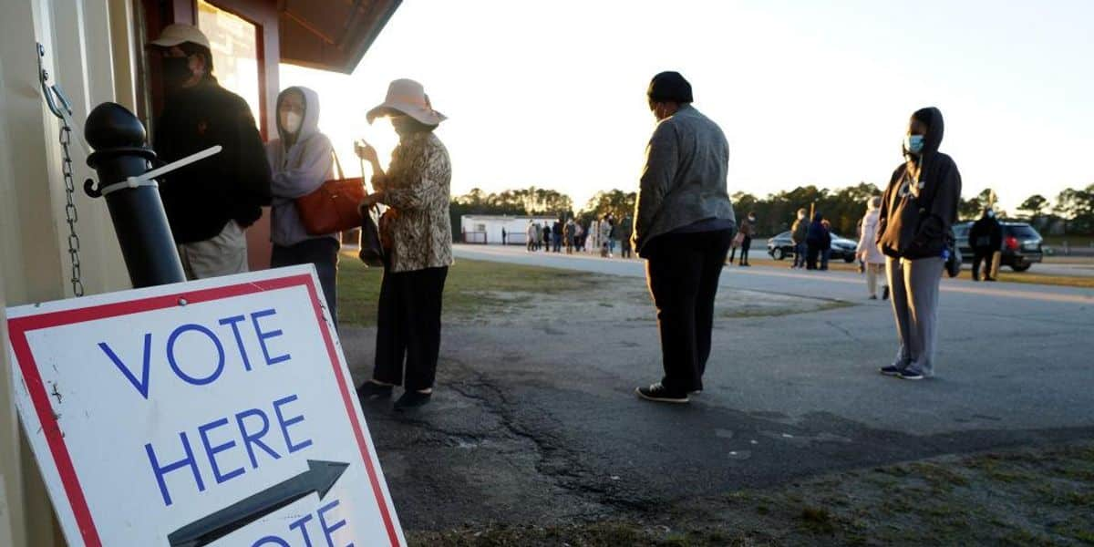 21 black leaders call out 'despicable smear campaign' against Georgia voting law 1