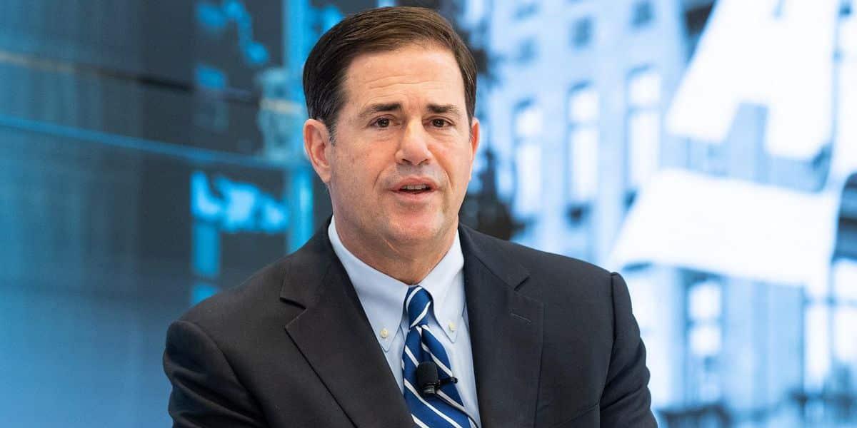 Arizona Gov. Doug Ducey declares state of emergency over border crisis, deploys national guard 1