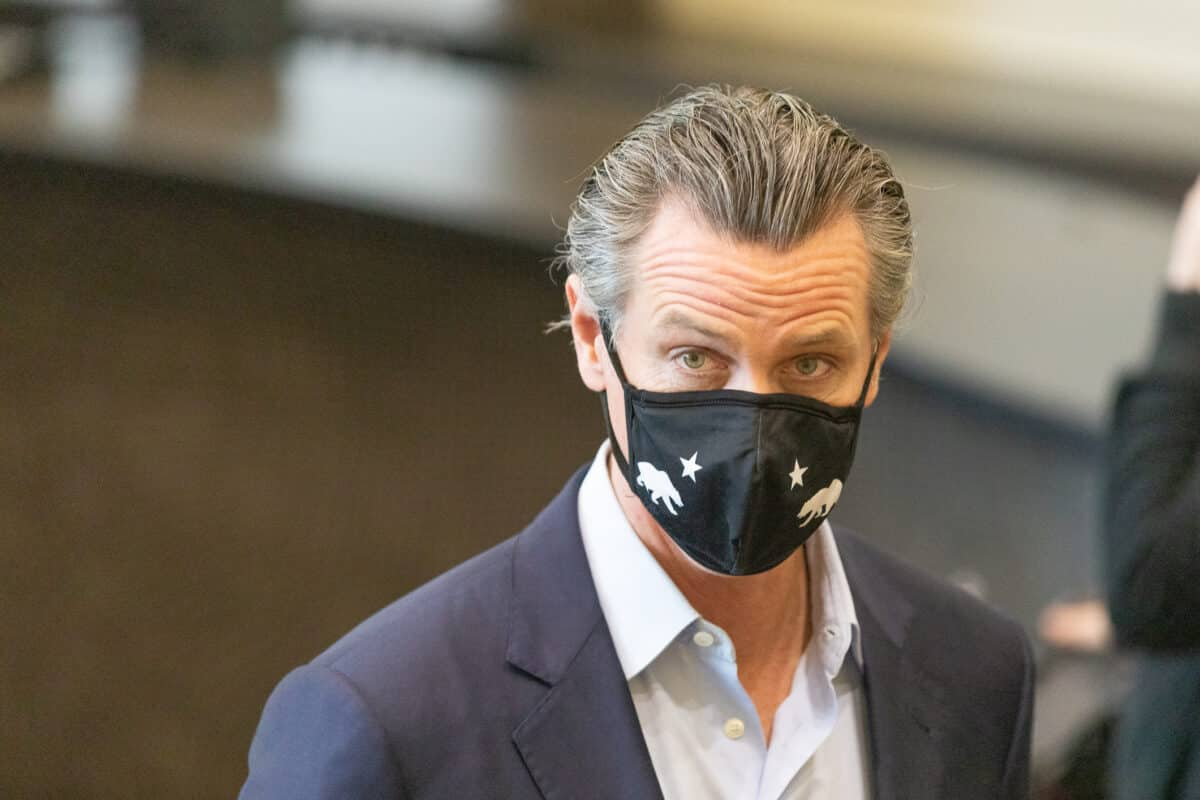 Newsom Hails Federal Moves to Let California Set Tougher Vehicle Emissions Standards 1