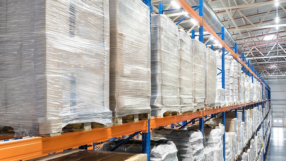 REPORT: Amazon's warehouse boom creates health hazards in Southern California communities 1