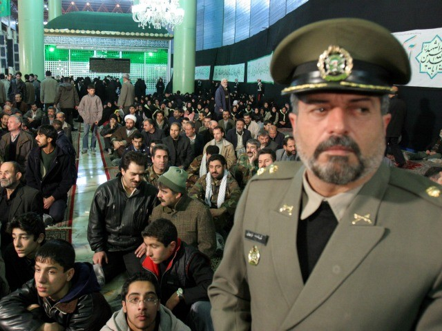 Military Candidates Stir Unease Ahead of Iran Presidential Vote 1