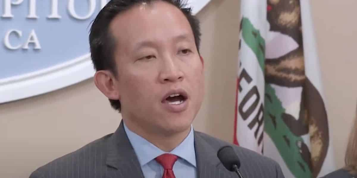 California state lawmaker stunned to find package of a gun discarded on the street. It was actually for a toy airgun. 1