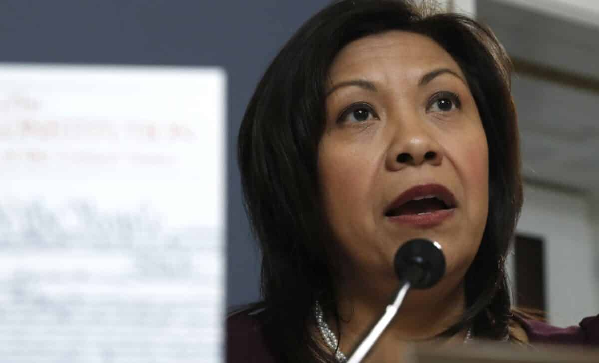 California Democrat Rep. Says She Sleeps With Gun Next to Bed After Death Threats 1