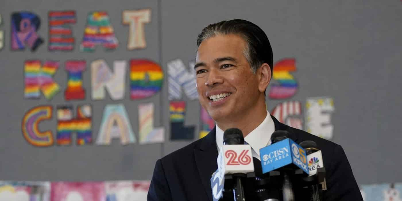 California Bans State Travel to Fla., 4 Other States Due to Trans Prohibitions 1