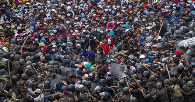 Harvard Poll: Voters Greatly Underestimate Migration Inflow 1