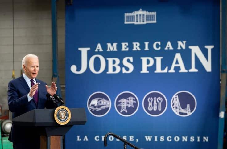 Biden Promotes Proterra on Wisconsin Infrastructure Trip 1