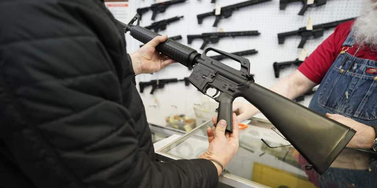 Federal judge strikes down California's 30-year-old ban on assault weapons 1