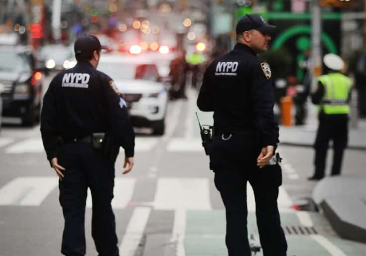 Poll: Majority of New York City Voters Want More Police on the Streets 1
