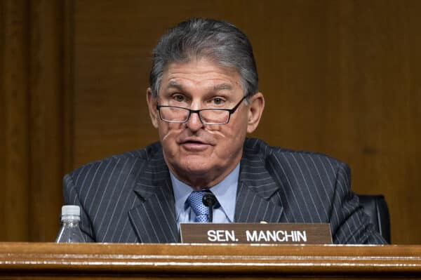 Speaker Pelosi Tells Democrats to Keep Pursuing HR1 Sweeping Election Reform Bill 1