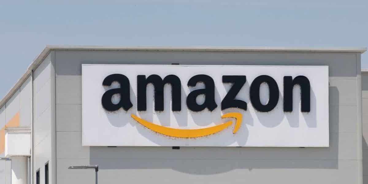 Amazon stands by the sale of 'Blue Lives Murder' apparel, wants to give customers 'widest possible selection' of goods 1