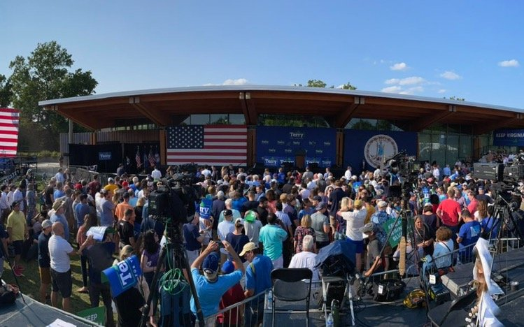 Paltry Crowd Gathers to See Joe Biden Campaign For Terry McAuliffe in Arlington, Virginia (VIDEO) 1
