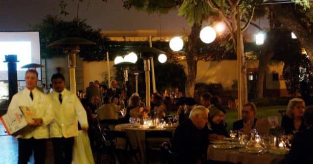 California Bay Area Restaurants Add Fees to Address High Labor Costs, Worker Shortages 1
