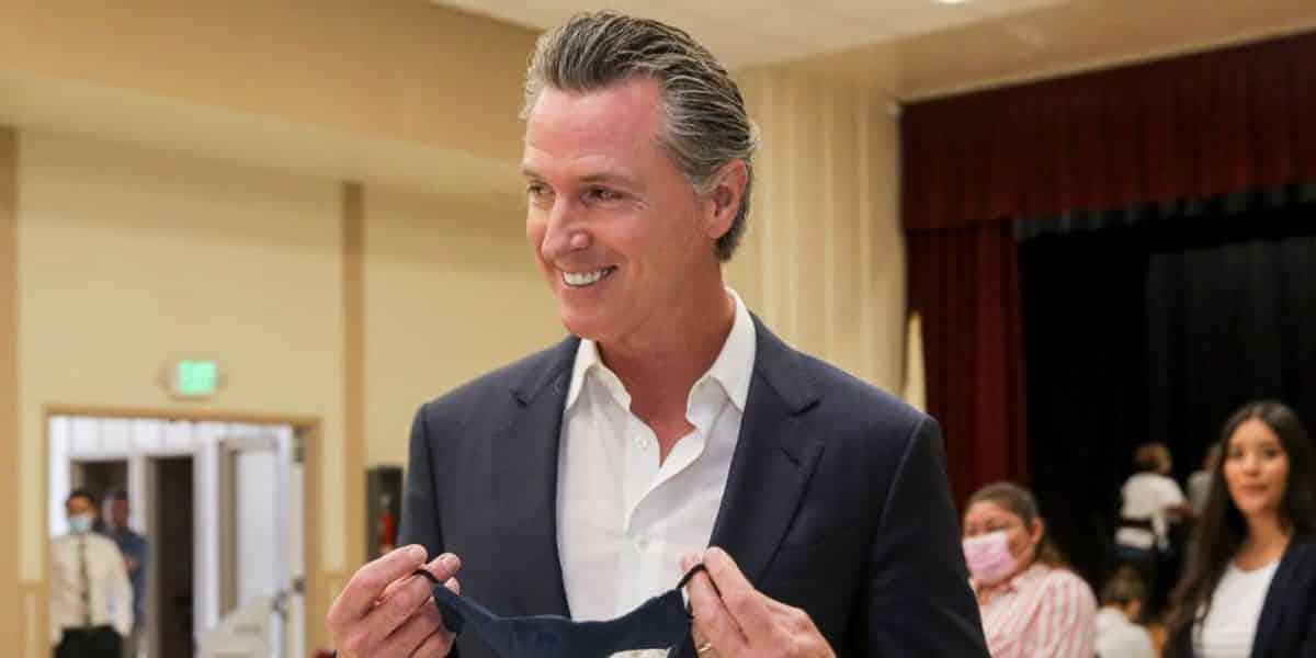 Gov. Gavin Newsom encourages homeless people from other states to come pursue the 'California dream' 1