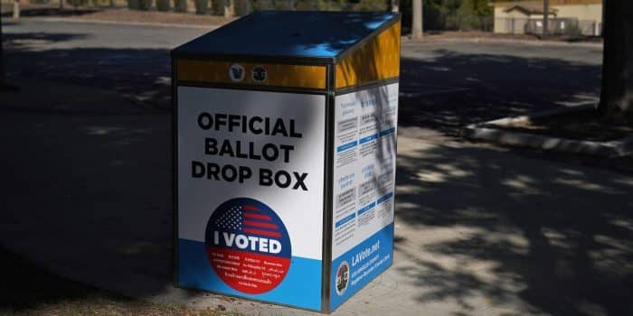 NO THEY DIDN'T: Californians Told They 'Already Voted' at Polls 1