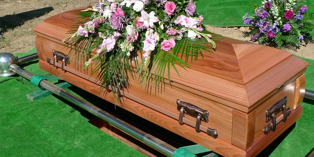Audit Finds California Regularly Sends Pension Checks to Dead People 1